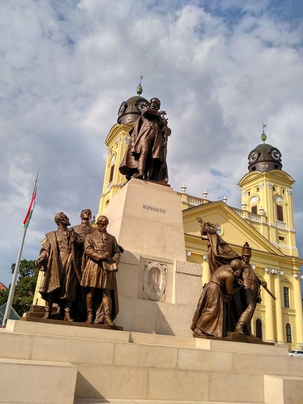пам'ятник Лайошу Кошуту (Lajos Kossuth) в Дебрецені